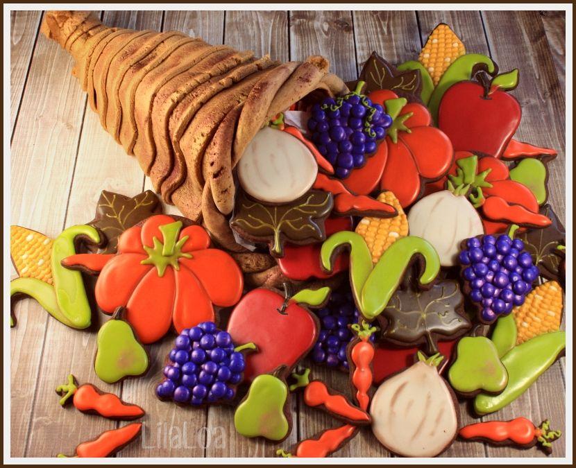 New Thanksgiving Cornucopia in our Design Ideas Blog created by @Lila Symons Symons Symons Loa via #TheCookieCutterCompany