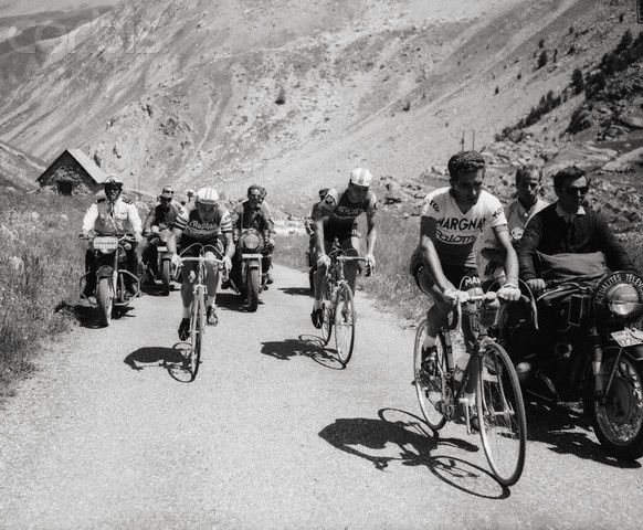 Tour de France 1964. 10^A Tappa, 1 luglio. Monaco > Hyères. Federico Martin Bahamontes (1928), Jacques Anquetil (1934-1987) e Raymond Poulidor (1936)