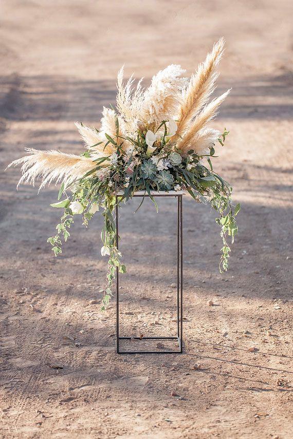 Rustic outdoor holiday inspiration  Wedding  Dekor