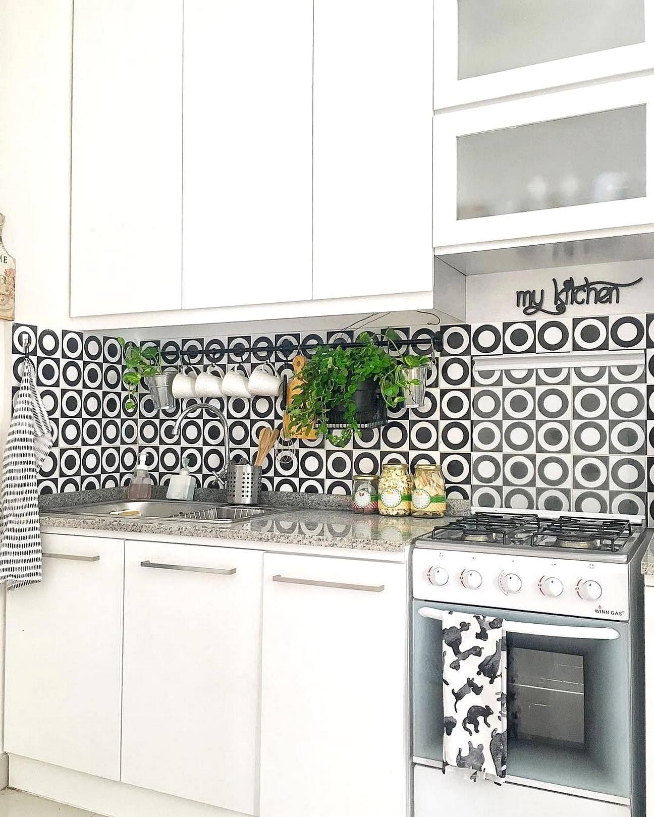 35 Best Clean Elegant Contemporary Kitchen Ideas Snapshotlite Com Kitchen Layout Modern Kitchen Set Minimalist Kitchen Design Warna keramik dinding dapur rumah