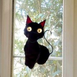 Photo of ハロウィンのデコレーションに! ステンドグラス 黒猫のモビール