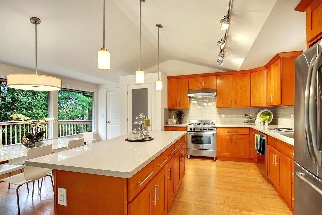 grey quartz countertops with honey oak cabinets - Google ... on Natural Maple Maple Cabinets With Quartz Countertops  id=88063