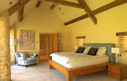 httphomeinteriordesignthemescomwp contentuploads200909yellow bedroom walls and beamsjpg master boudoir pinterest yellow bedrooms - Orange Color Bedroom Walls