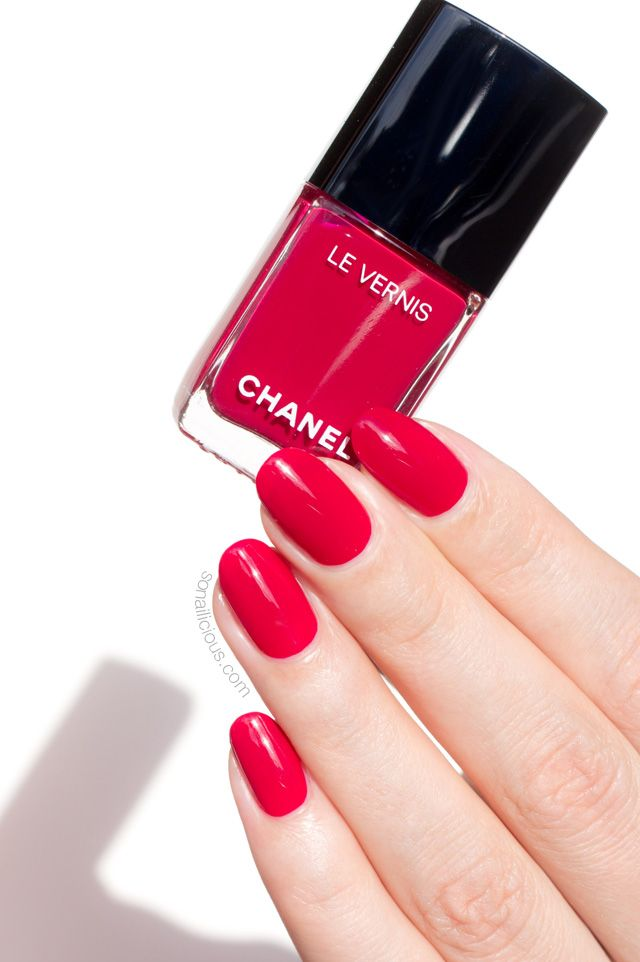 The New Chanel Long-Wear Nail Polish: Is It Really That Good ...