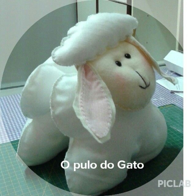 Ovelha do Pequeno Principe opulodogato.feltroecroche@gmail.com