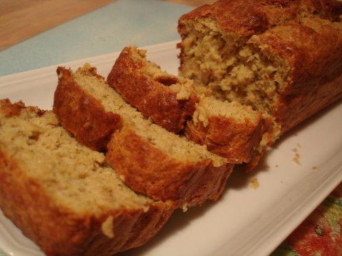 CAKE DE THON AU PESTO   Cake salé moelleux, Idée recette, Cake