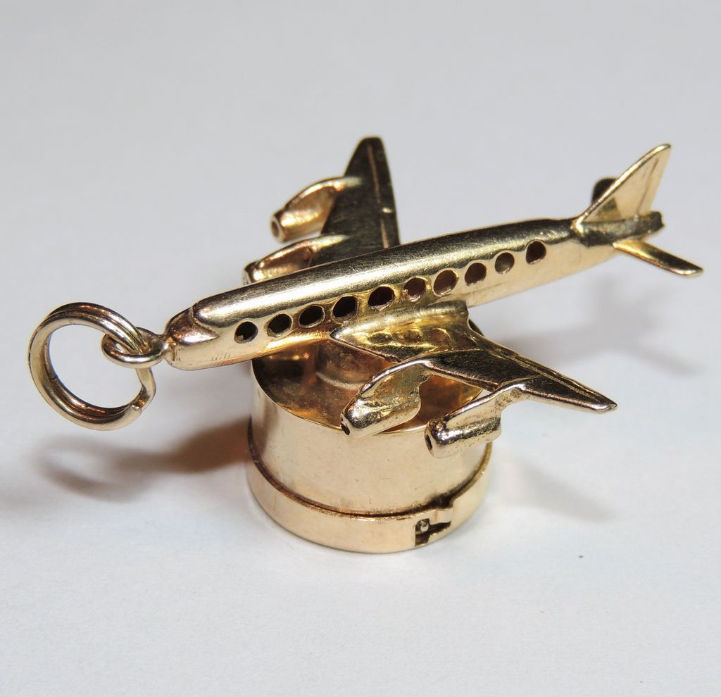 Solid 14K Yellow Gold 3D Airplane Charm Jet Aircraft Pendant