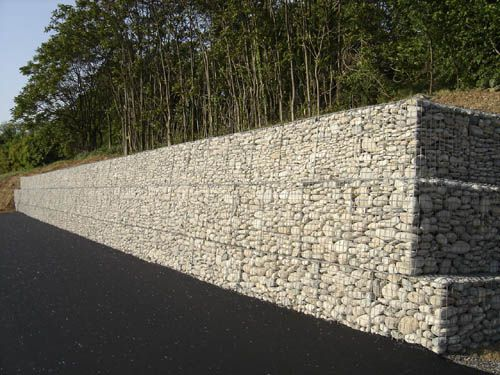 mur de soutenement gabion home jardin pinterest mur de sout nement gabion sout nement. Black Bedroom Furniture Sets. Home Design Ideas