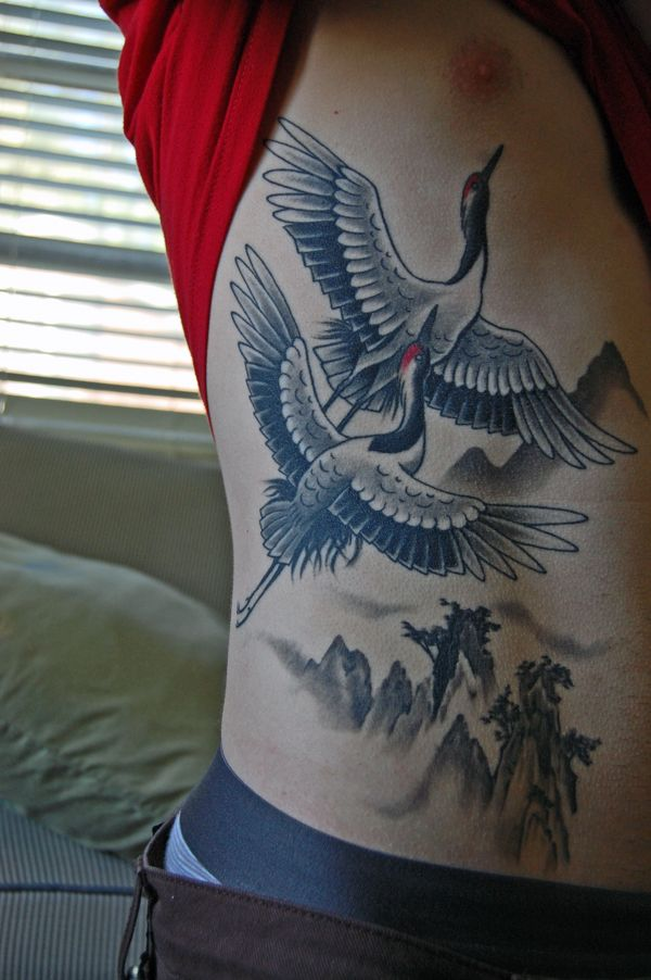 I Love This Crane Piece So Nice And Clean Perfect Mix Of Boldness And Subtlety Great Blend Of Updated Illus Crane Tattoo Tattoos On Side Ribs Sleeve Tattoos