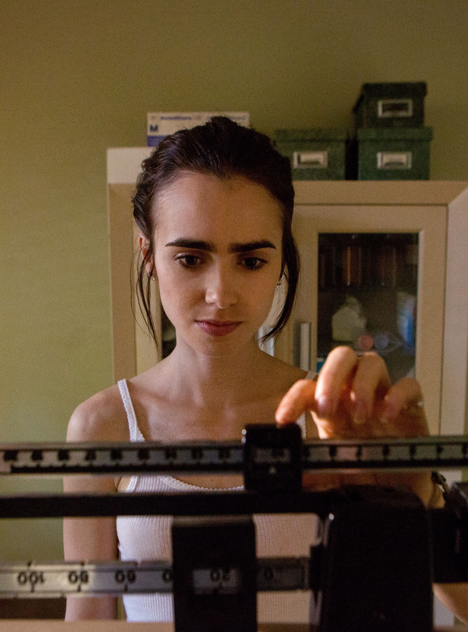 Lily Collins Relives Her Anorexia In Chilling \