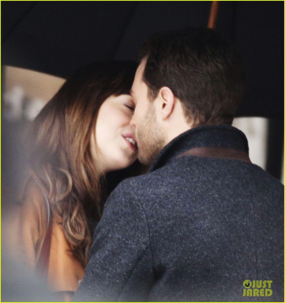 Jamie Dornan Dakota Johnson Kiss On Fifty Shades Darker Set