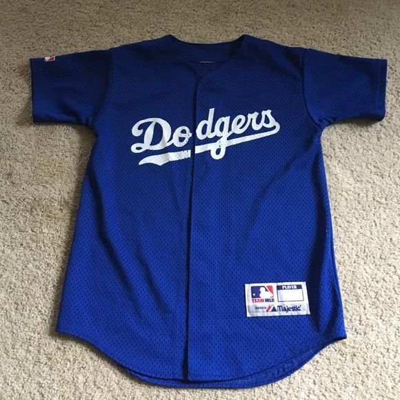 6fdacc45c02 Button up dodger jersey. There is no tag
