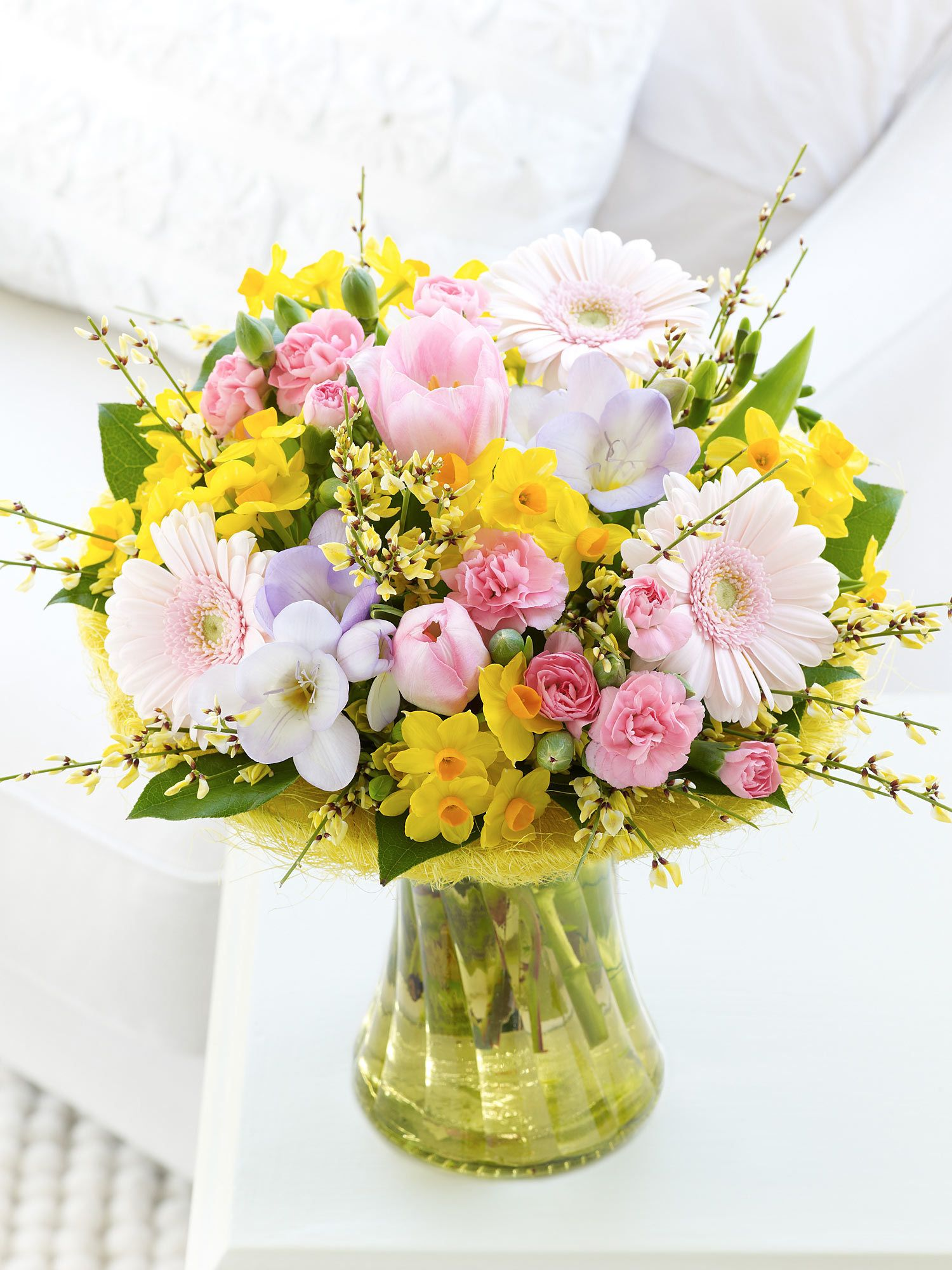 Scented Spring Perfect Gift Interflora My Favourite Interflora
