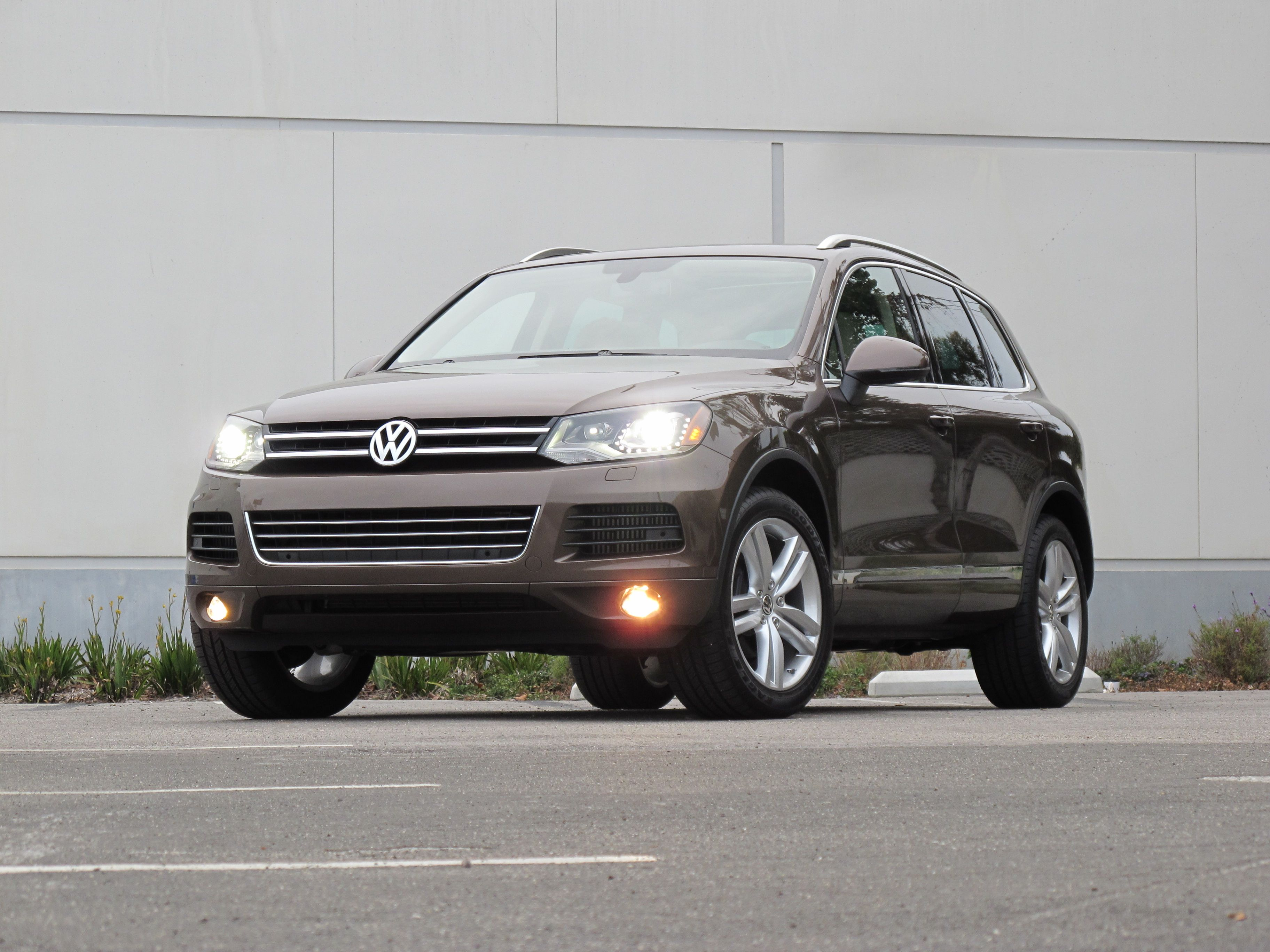 Volkswagen Touareg TDI Diesel e check out AMSOIL synthetic