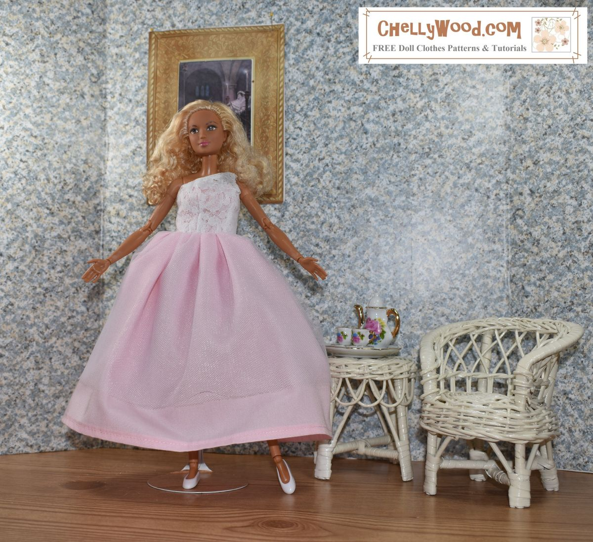 Visit chellywood for free printable sewing patterns for dolls visit chellywood for free printable sewing patterns for dolls of many shapes and sizes here we see made to move barbie wearing a handmade one shoulder jeuxipadfo Gallery