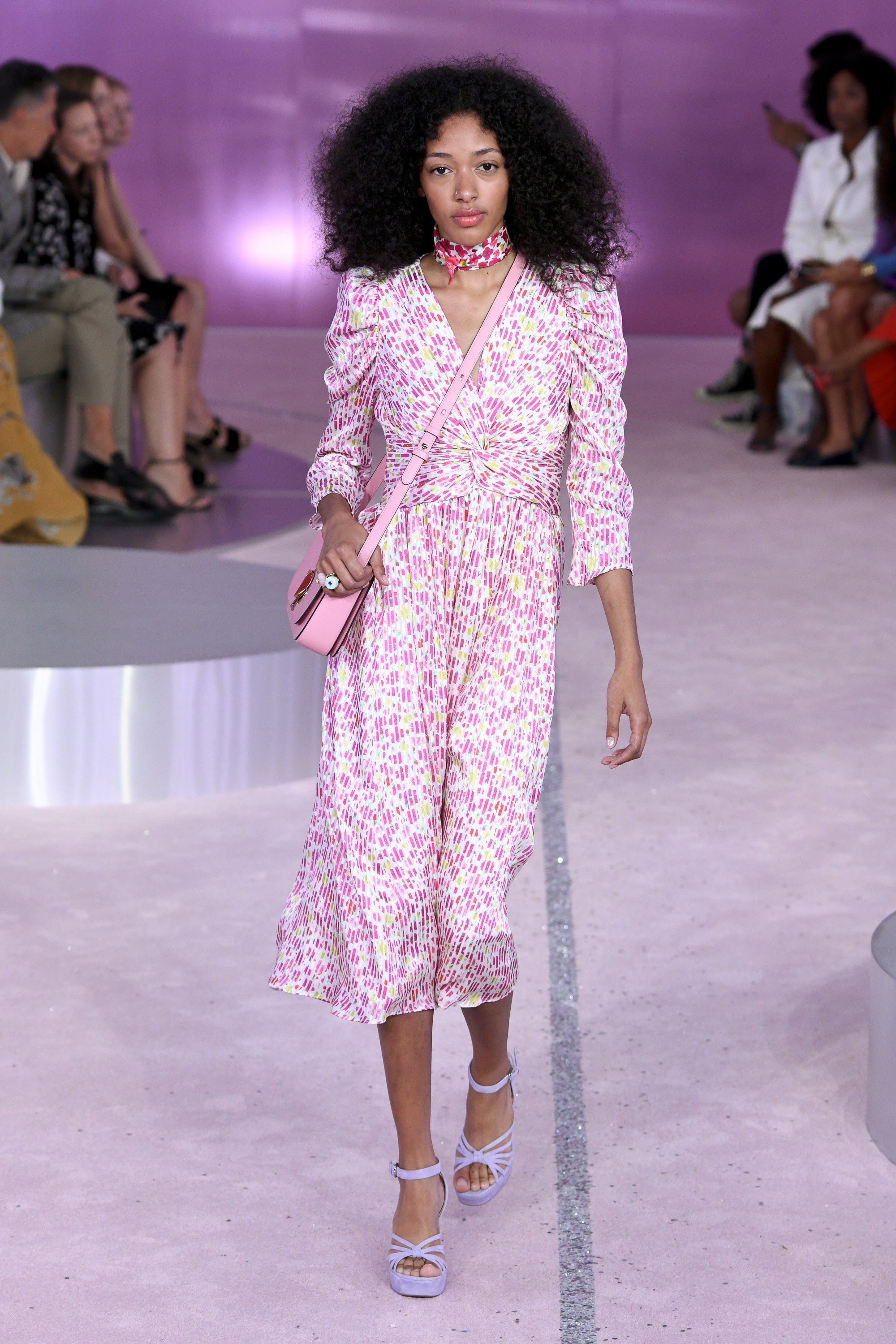 bee00ae57c01 Kate Spade New York Spring 2019 Ready-to-Wear Collection - Vogue https
