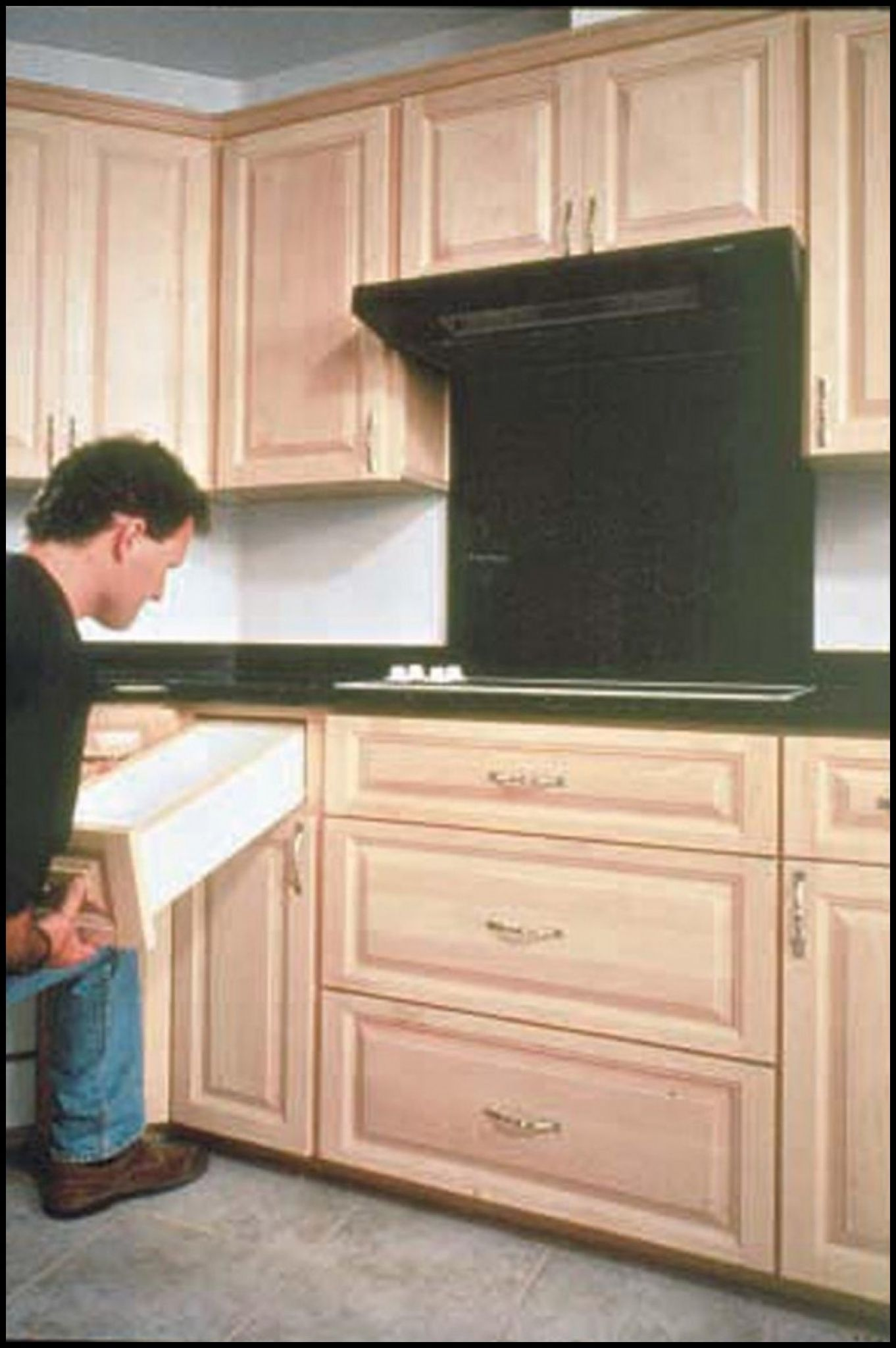 canac kitchen cabinets for sale - kitchen counter top ideas Check ...