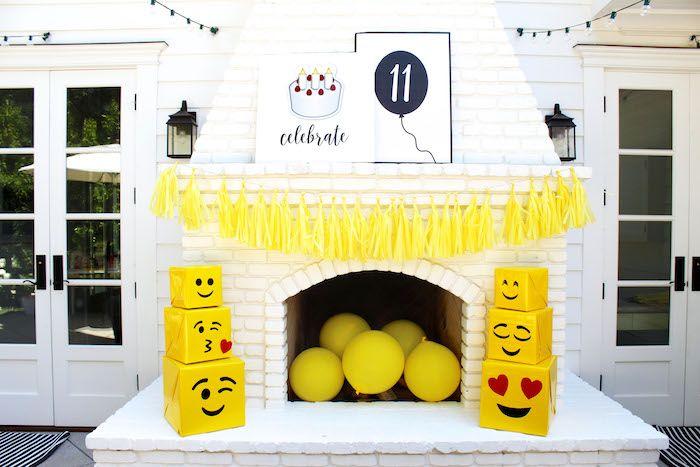 Emoji Birthday Party on Kara's Party Ideas | KarasPartyIdeas.com (26)