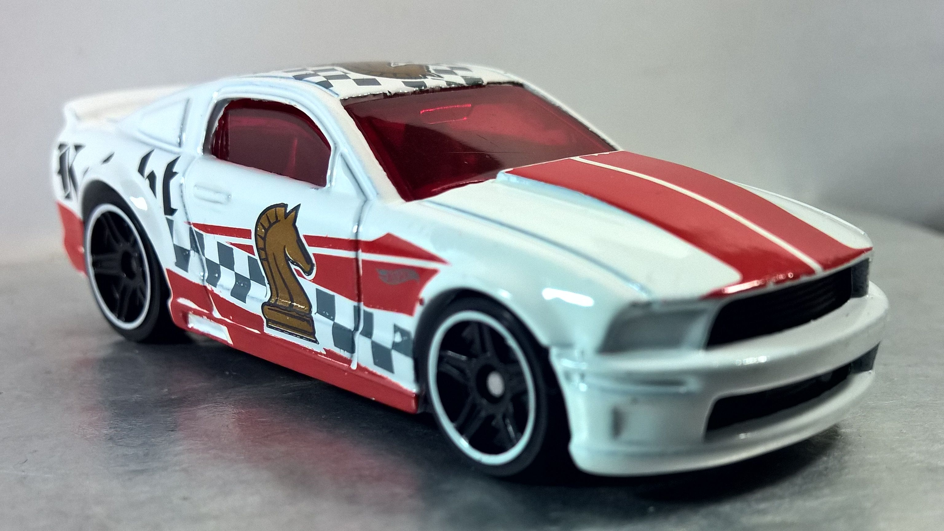 07 Ford Mustang Checkmate Series 2018 6 Hot Wheels Mustang