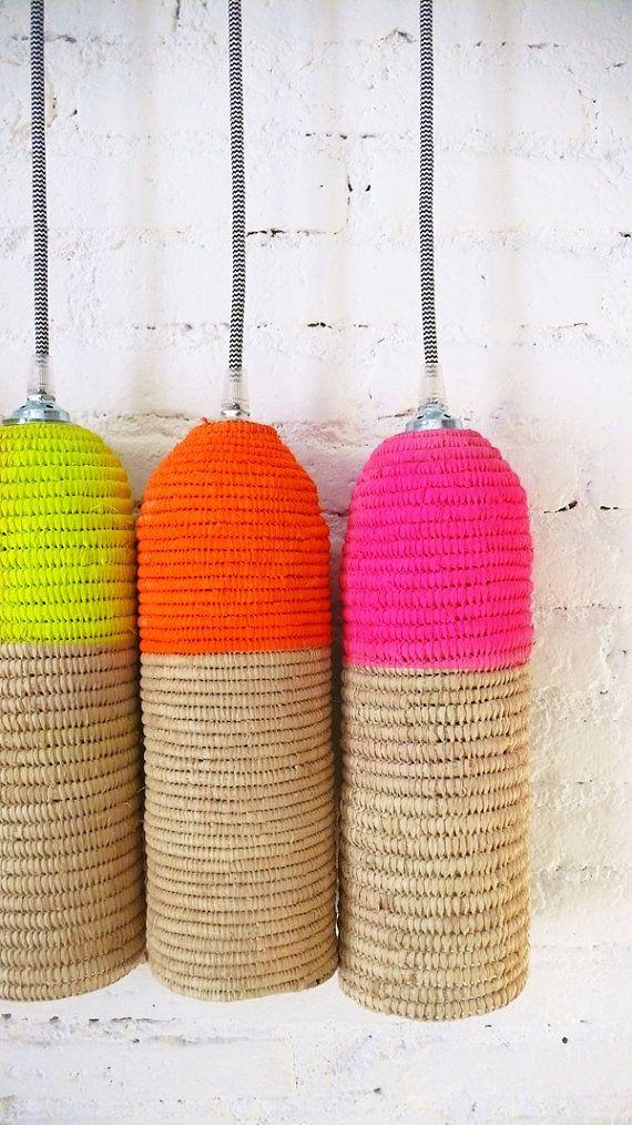 nat rliche raffia lampe mit textile kabel schalter und stecker neonpink n o d in 2019. Black Bedroom Furniture Sets. Home Design Ideas