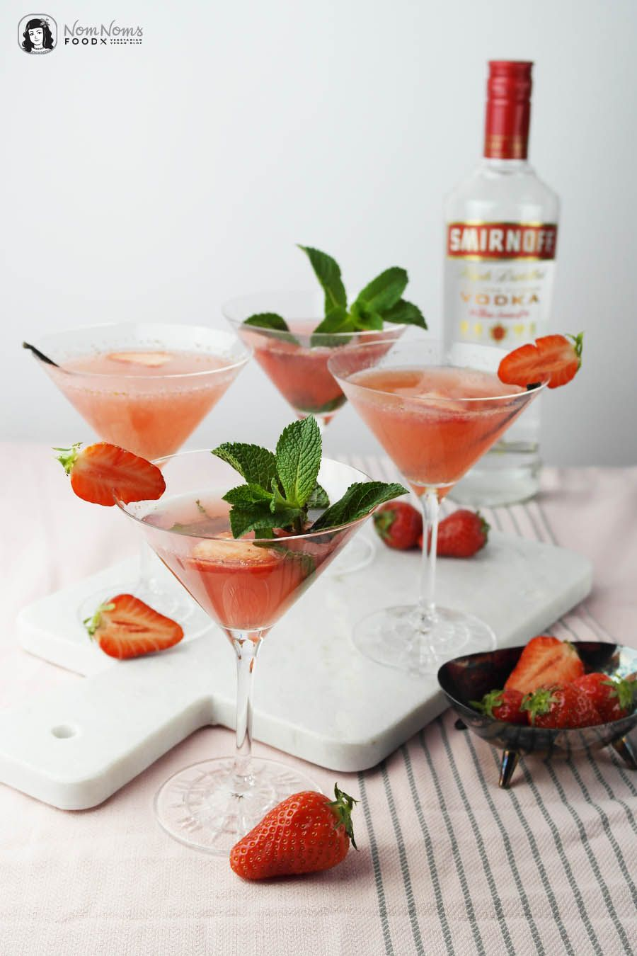 Großartig Longdrinks Klassiker Beste Wahl Cocktail Classic: Strawberry Cosmopolitan With Vanilla Or