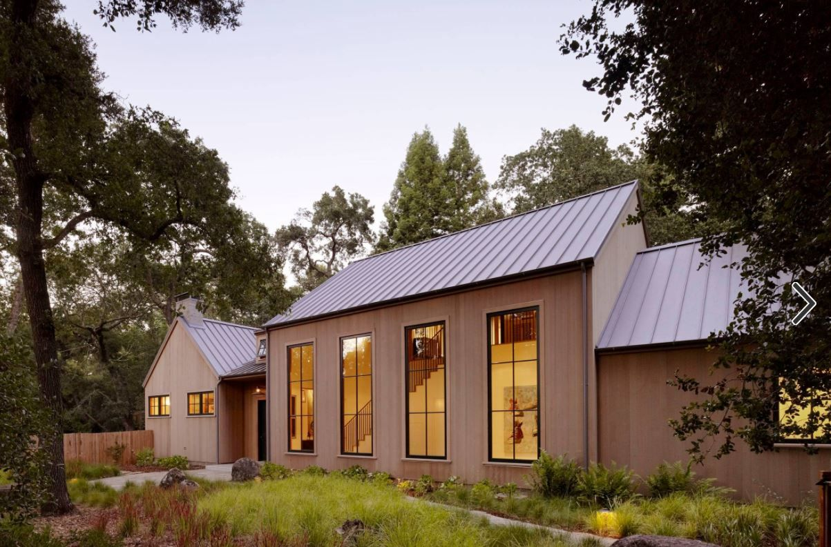 We Like This Vertical Siding Combined With The Black Aluminum Windows And Standing Seam Metal Roof Modern Farmhouse Architecture House Exterior