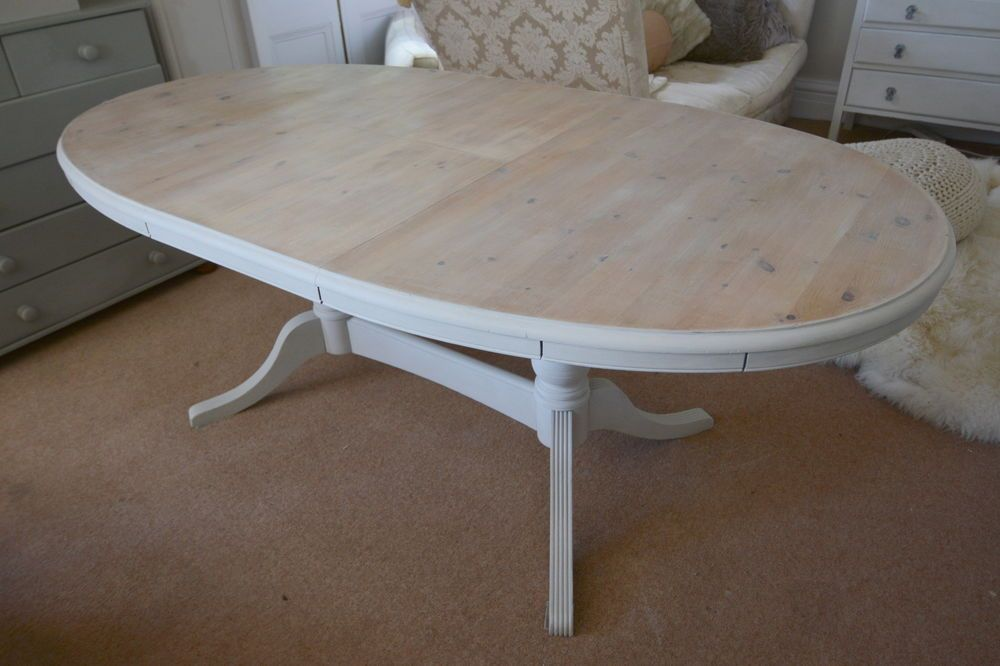 WHITE WAX SHABBY CHIC Luxury Solid Pine 8 Seater Extendable Dining Table.