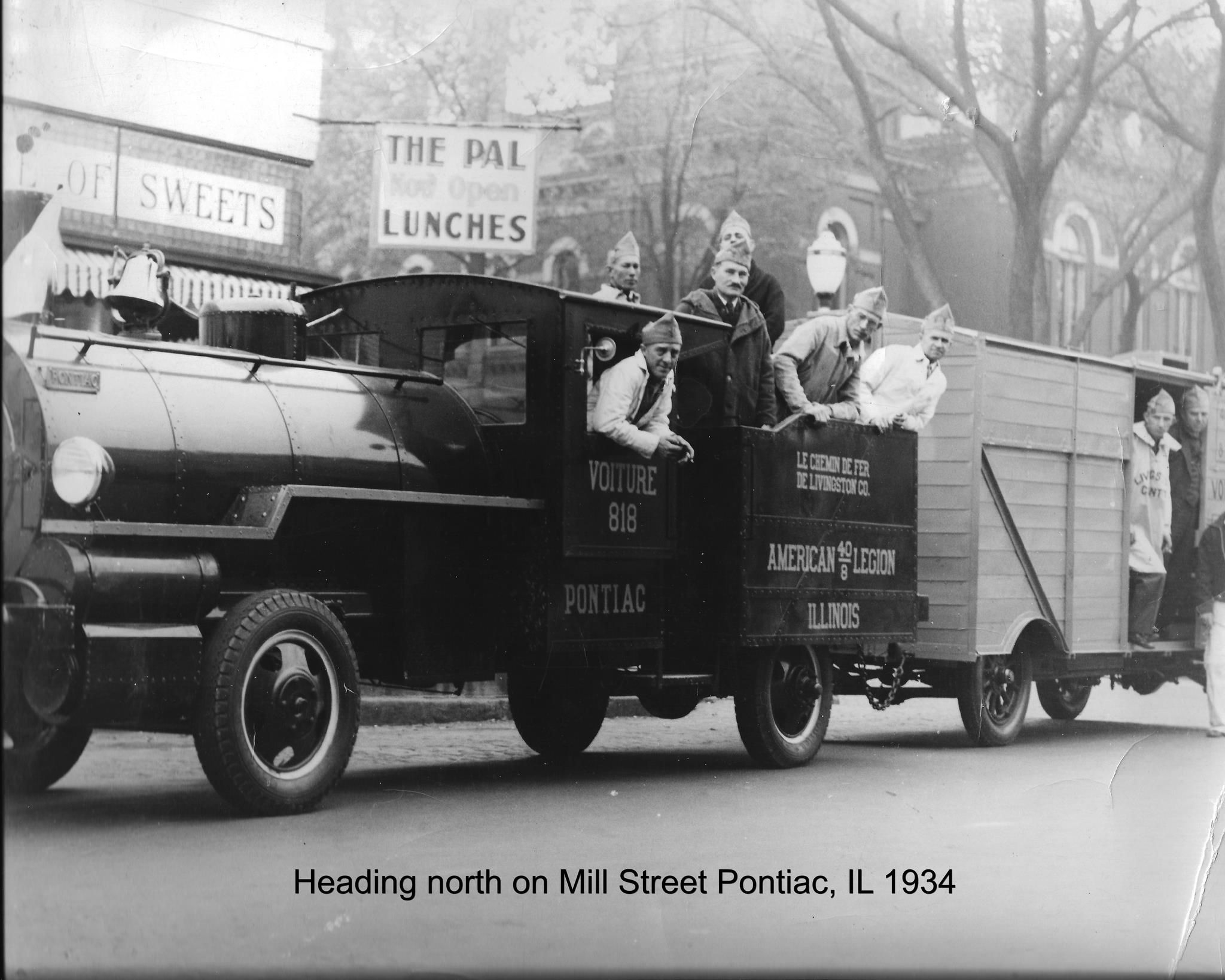 Downtown Veterans Day Parade @ Mill & Madison 1934