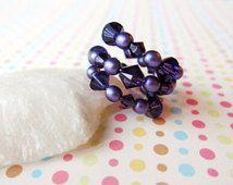 CIJ autorización del artículo 10% de descuento, vibrantes púrpuras perlas y cristales Swarovski memoria alambre envuelto anillo, regalos menores de 20, Navidad en julio