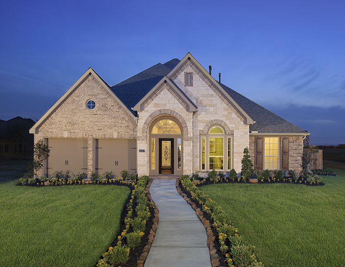 Perry Homes - The Reserve at Brazos Town Center Model Home Design ...