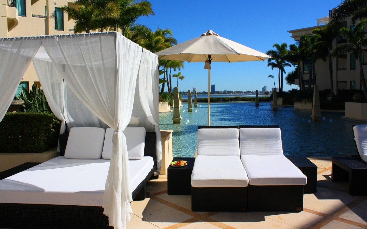 Water salon palazzo versace daybeds o o versace gold coast palazzo versace versace - Salon versace ...
