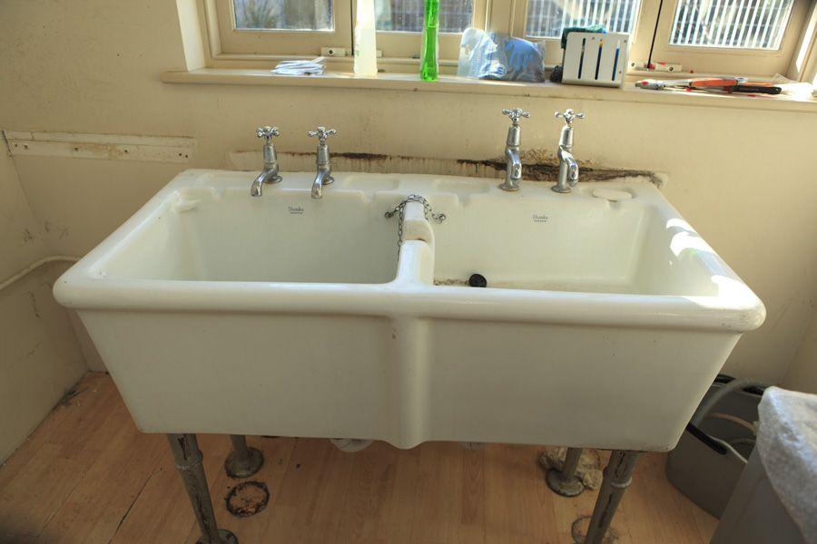 Sink 4 58309 4 Jpg 900 600 Pixels Laundry Sink Sink Ceramic Design