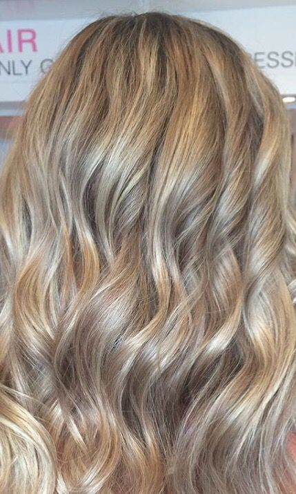 Blonde Highlights With Cinnamon Lowlights Blonde Hair With
