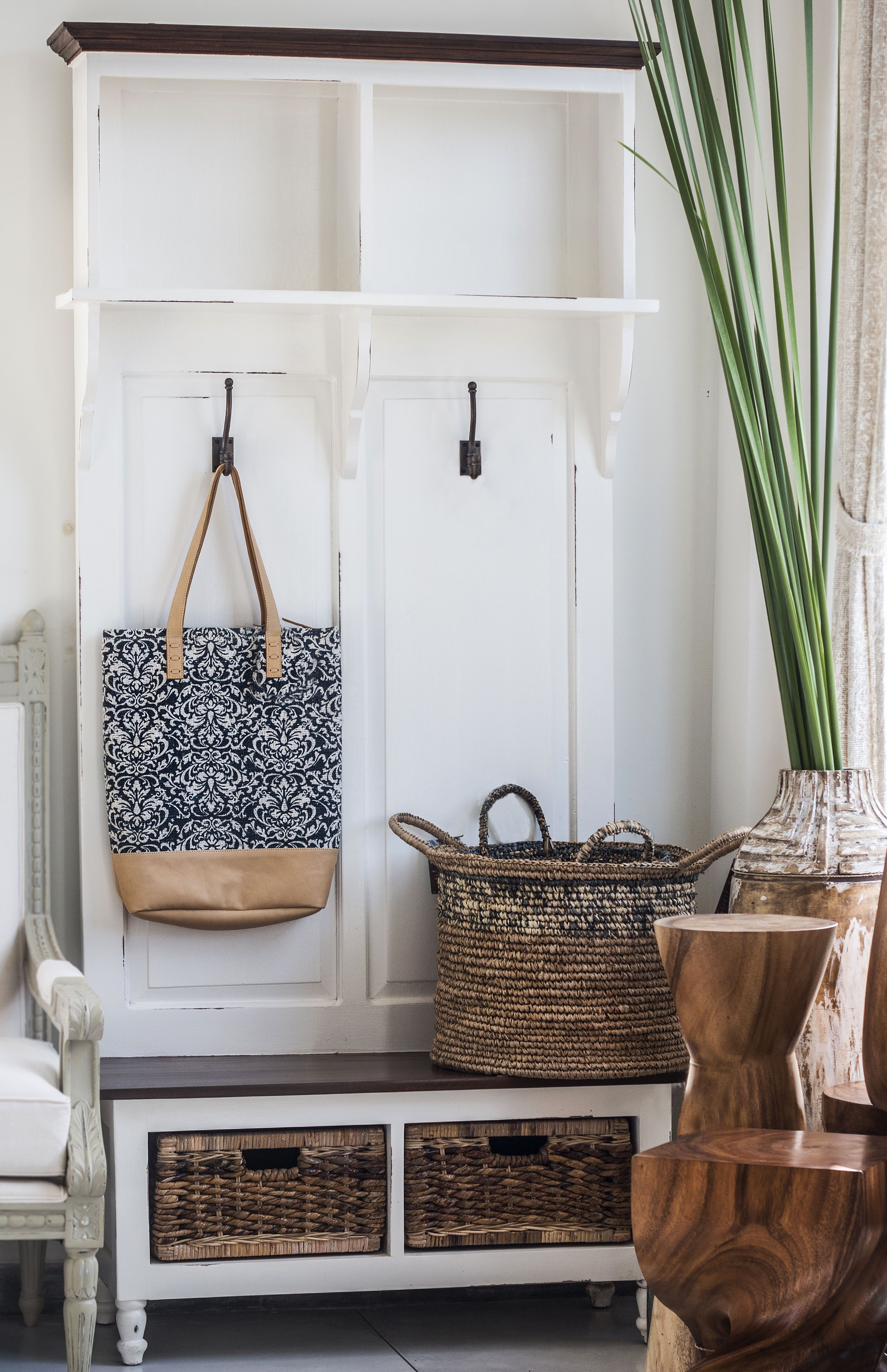 This small entryway furniture can make a big impact. With plenty storing compartments, Lakehouse Hall Tree will make the entryway more organized, and that will be the first sight that welcomes you home every day.   #smallentryway #farmhouseentryway #farmhousedesign #beautifulspace #interiordesigninspiration