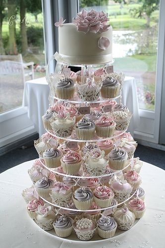 Lilac and pink cupcake tower