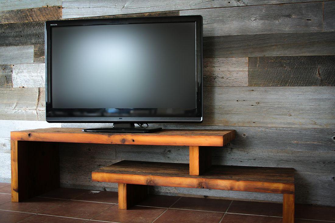 meuble t l en bois de grange meuble tv pinterest meuble t l grange et en bois. Black Bedroom Furniture Sets. Home Design Ideas