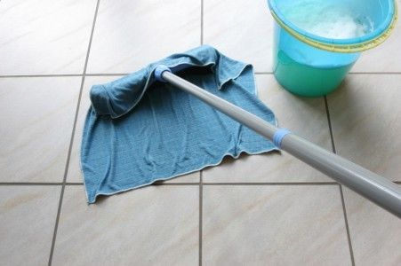 Ceaning the tiles with water