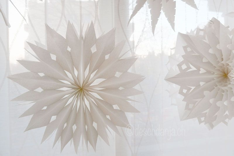 sterne aus butterbrotpapiert ten weihnachten. Black Bedroom Furniture Sets. Home Design Ideas