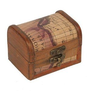 Treasure chest box with old world map design decor family room amazon 4 treasure chest box with old world map design decorative boxes everything else gumiabroncs Image collections
