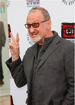 Robert Englund is slightly terrifying