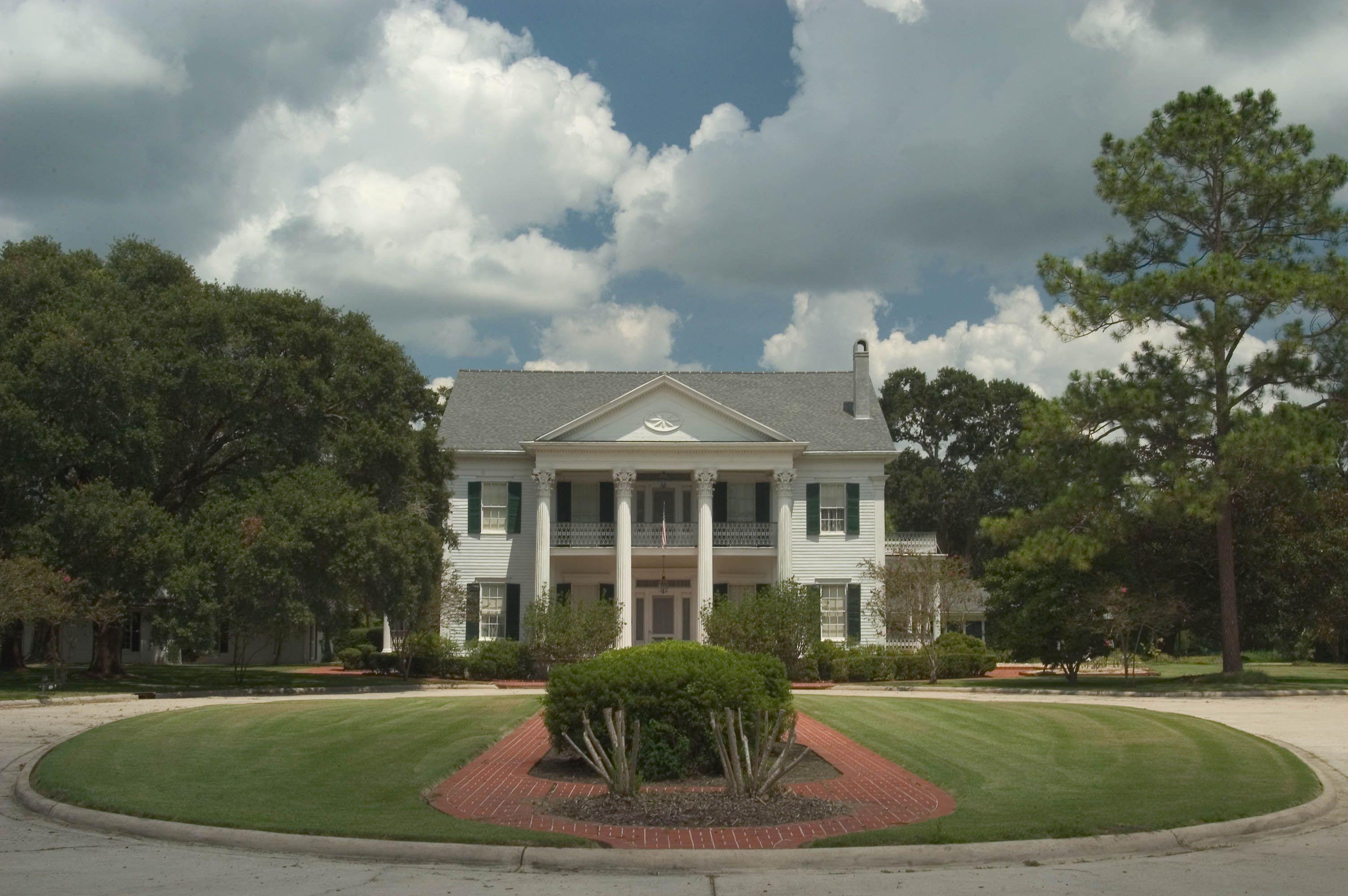Arlington Plantation The Arlington Plantation House In Washington Louisiana Was Built In