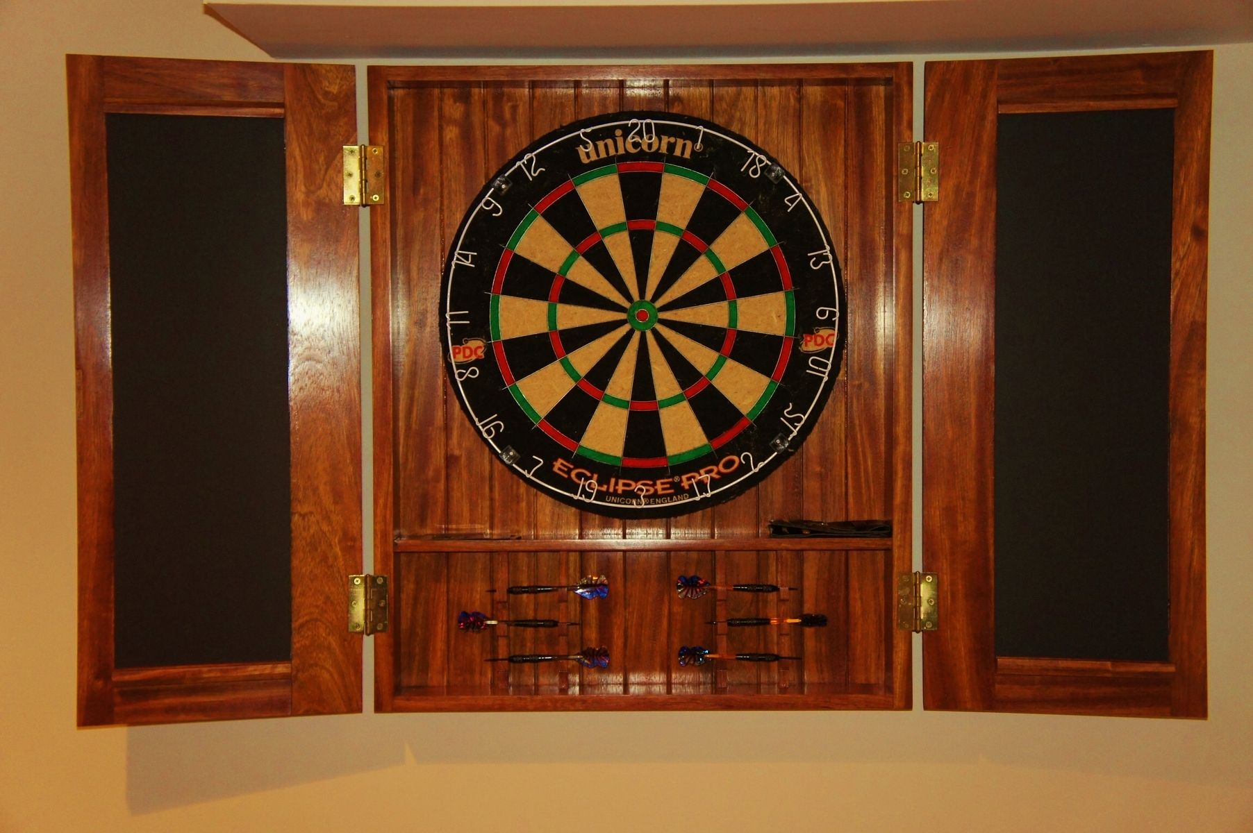 Dart board cabinet with lights roselawnlutheran for Diy dartboard lighting