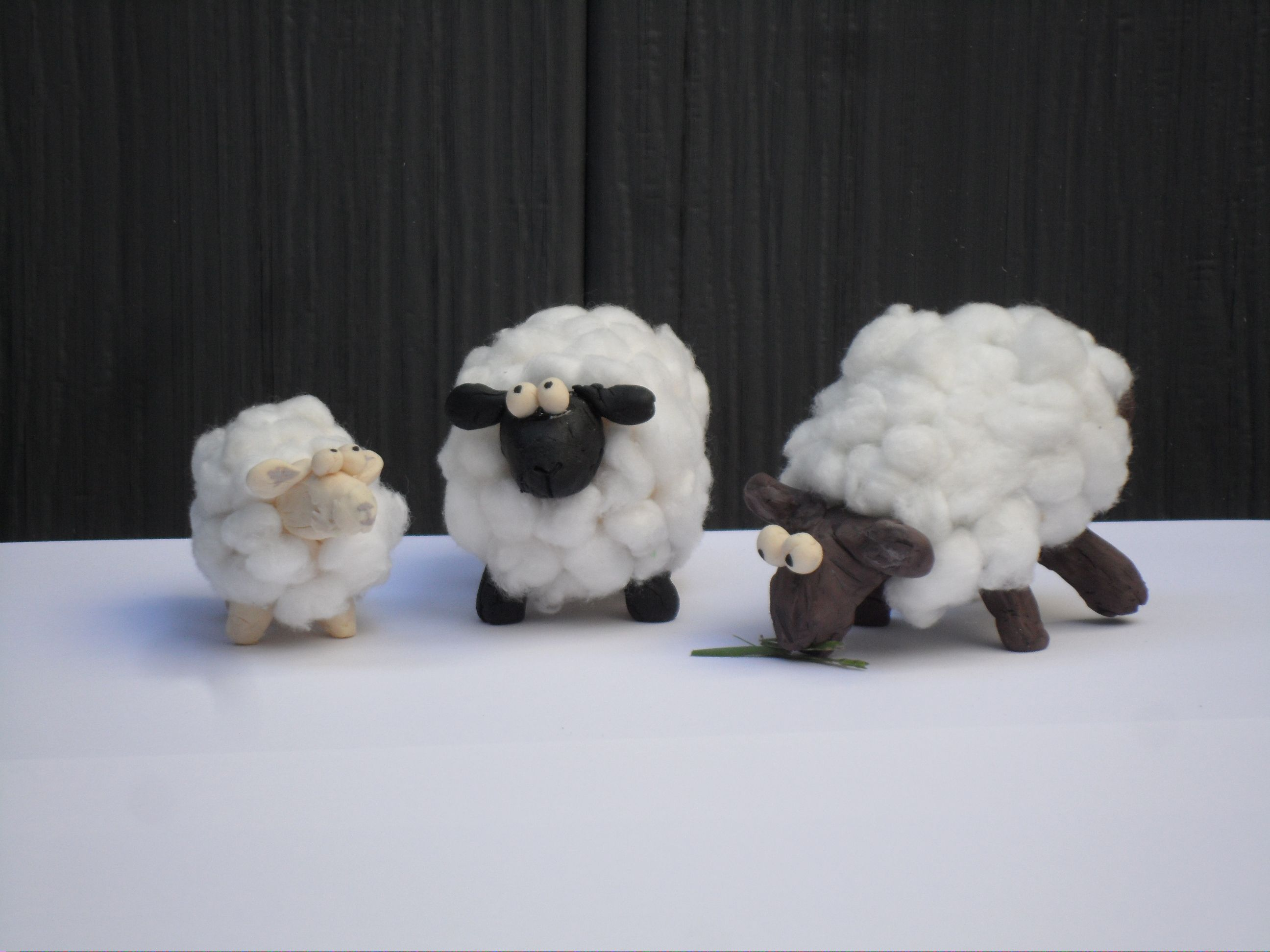 Diy How To Make Farm S Sheep 3 Poses Eid Adha Decoration From Paper And Cotton خروف عيد الاضحى Diy Renovation Creative Diy