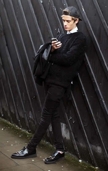"""naturalli  """" mr-vogue  """" Streetstyle outside James Long F W 14 """" he mixed  casual with classy and i m crying """" 50909c2416c"""