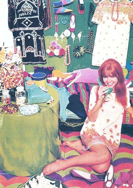 Jane Asher / Redd was awesome even in the 60's