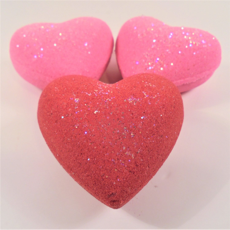 Strawberry Heart Bath Bomb 3 Heart Gift Set Bath Bomb Bath Bombs Valentine S Bath Bomb Party Favors Birhday Gift Strawberry Hearts Gummy Candy Spa Gifts