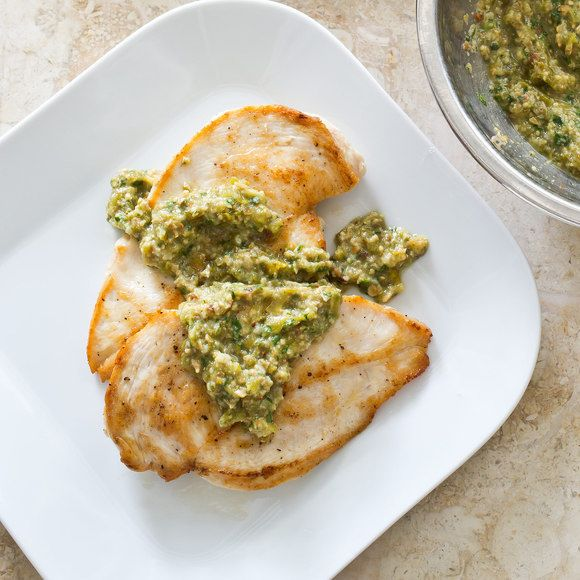 Quick Tomatillo Sauce With Sautéed Chicken Cutlets (With