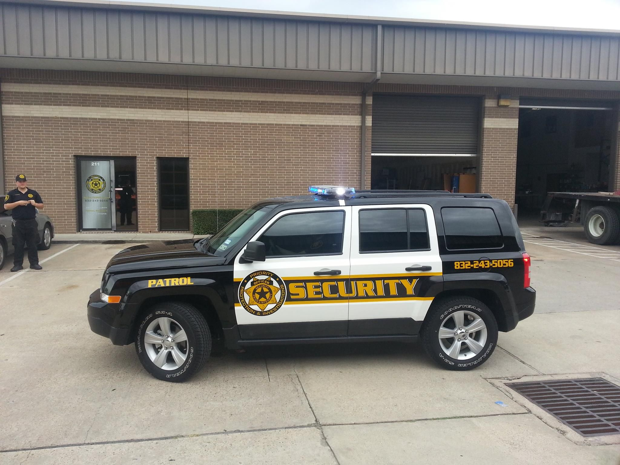 Make yourself safe and secure by using the services of the security vehicle aloadofball Gallery