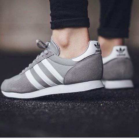 low cost c7cf9 60a1b adidas Originals ZX Racer  Grey