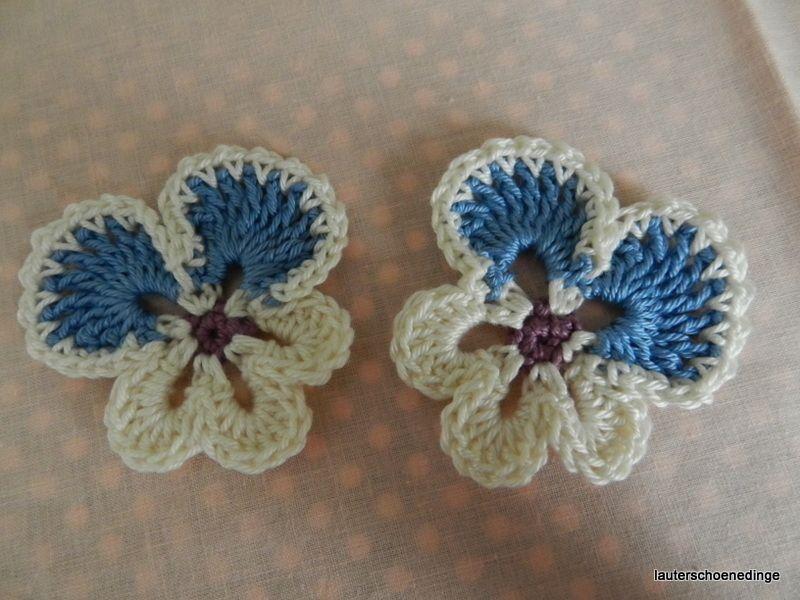 Dieses Blumen-Set besteht aus 2 Stiefmütterchen, die Blüten sind ca ...